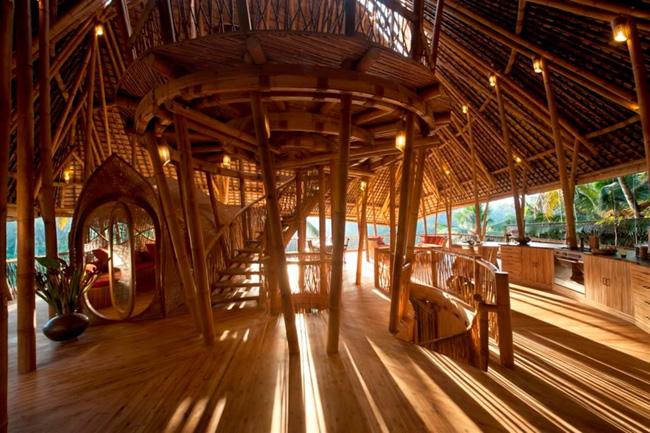 The Bamboo House in Abiansemal, Bali, Indonesia. © airbnb / Di (Daniel)