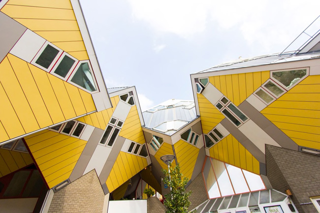 The Cubehouse in Rotterdam, Netherlands. © airbnb/ Lilian & Mitch